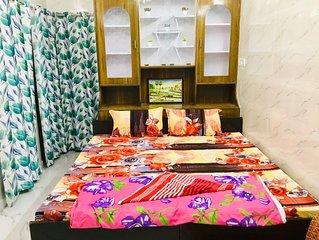 2Bedroom Set Aastha * GIP Mall Noida