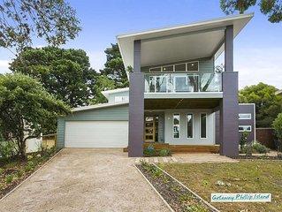 Stunning four bedroom beachhouse in beautiful Ventnor, Phillip Island