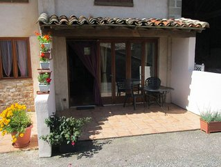 Gîte for 2 people quiet, spacious, well equiped,  pool, jacuzzi near Albi Cordes
