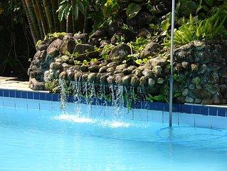 Casa com piscina proxima praia.