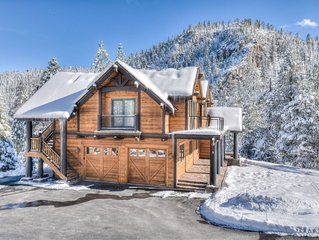 Luxury Squaw Valley Home w/ Mountain Views, Foosball and Spa, Guest Quarters, Pl