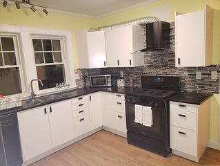 Spacious 1st Floor Apt 2 bedroom 1 bathroom newly renovated