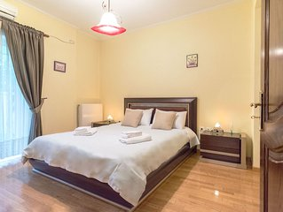 Superior house with garden, 3 minutes from metro