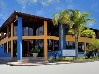 Parte Hotel de frente para o Mar. O melhor preço de porto seguro esta aqui.
