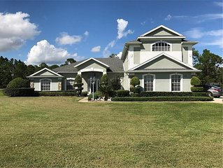 Huge family home with pool and hot tub, close to world renown theme parks!