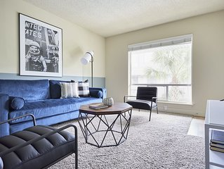 Sonder | 2306 Marquee Uptown | Central 2BR + Pool