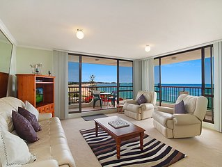 Kirra Gardens Unit 27 - Beachfront in Kirra Coolangatta  with great views