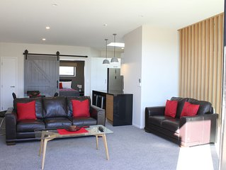 Ultramodern Apartment within walking distance of Waikato hospital