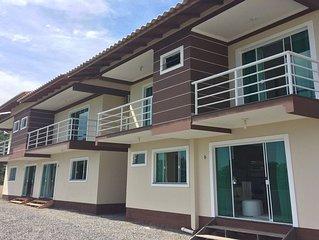 Casas c/ ar pertinho da Praia de Bombas -Bombinhas SC