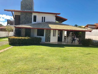 Casa praia de Guarajuba, melhor condominio marazul,   5 quartos , 4 suites,