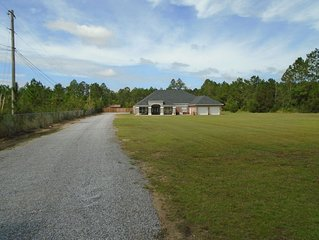 4 BR/4 BA Home in North Ocean Springs/Biloxi, workshop, pond-5m from I-10