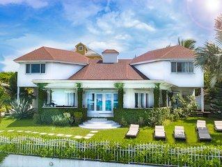 NO HURRICANE DAMAGE: Luxury Oceanfront Villa - Family Home Blue Sea & Beach