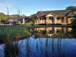 The Cedar Garden- 2.5 acres home on beachside