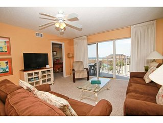 SeaCrest 405 - Beautiful sunsets and views of the Inter-coastal Waterway and the