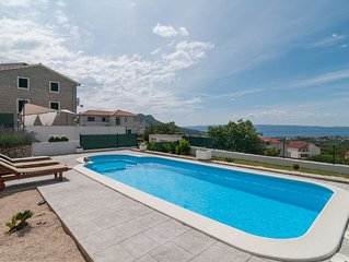 Villa Roko with private heated pool and hot tub