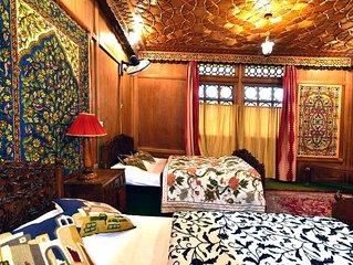 Inshallah houseboat 10 Bedrooms