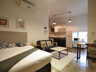 A Great Apartment with Full Kitchen in the Center of Seoul 316