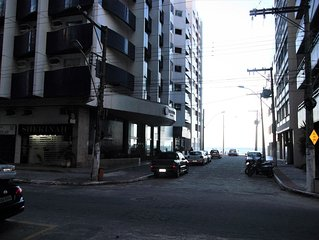 Apartamento Guarapari centro 20m da Praia Areia Preta.