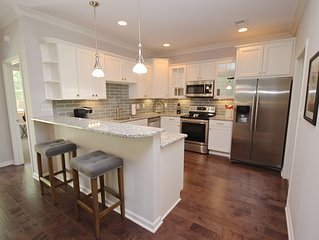 New, Open Floorplan, Stylishly Furnished Peachtree City Ranch