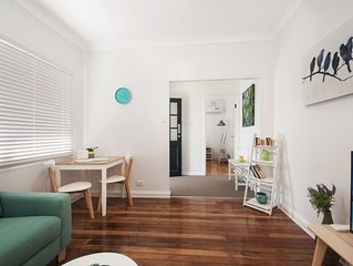 Unit 1 Osborne walk to the Wollongong CBD