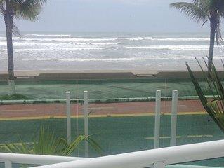 Lindo e Top Apartamento de Frente para a Praia  com Wi - Fi