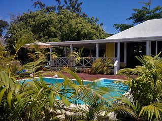 TERRA COTTAGE Caribbean Cottage - huge covered porch & private pool & drivewa