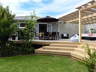 Perfect for extended family - Close Oneroa village