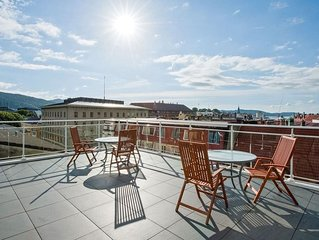 In the heart of Bergen city,  Cozy Apartment With Rooftop