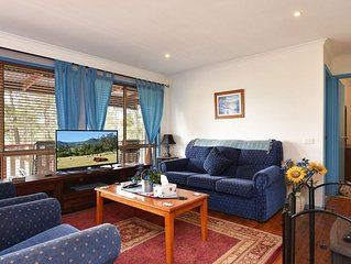 Wallaby Cottage Country Escape, Ellalong, Hunter Valley is an affordable, peacef