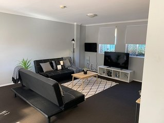 Cozy 3BR Townhouse in Liverpool CBD with dedicated underground parking spot