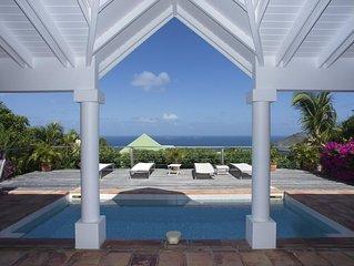 Heated Swimming Pool, Ocean Views, Terrace, Sunbeds, Modern Entertainment Center