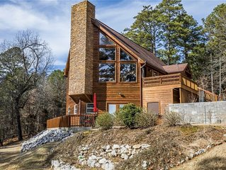 Spacious Lakefront Cabin Just Steps Away from Beaver Lake