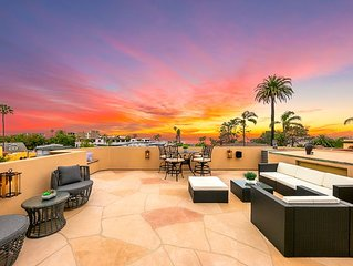 Gorgeous Tuscan Home, Rooftop Deck, Steps to La Jolla Village