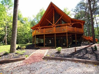 TIMBER RIDGE LODGE- 20-Person Family Friendly- Near Old Man's Cave