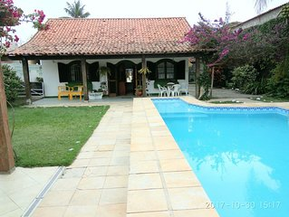 Casa/ piscinão /muito verde 3 Q (1 Suíte) 3 banh 600m²no sossego e no centro.