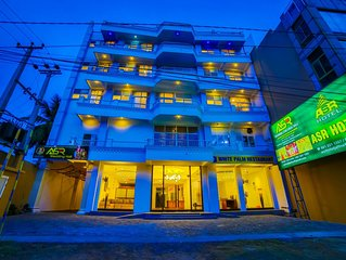 Double Room w/ Breakfast, Situated just 1Km from the Jaffna Central bus station.