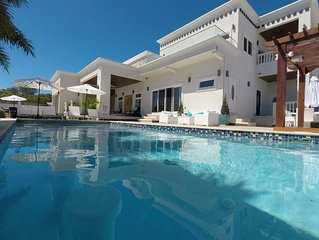 The White House TCI and Kenard Cruises Luxury Yacht charter vacation Package