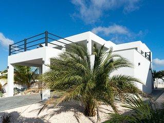 NEW Luxury Villa Vista Royal (Jan Thiel)