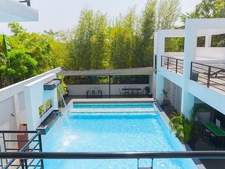 ADMIRIA 2 Resort can be used for intimate/small/family occasions/parties.