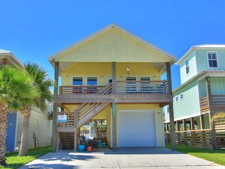 Brito Beach, new 3 bedroom home at Paradise Pointe, lots of outdoor space!
