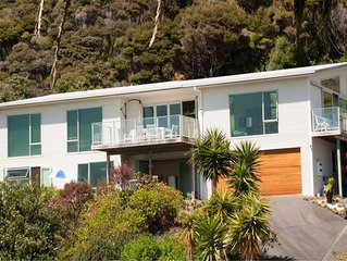 self catering modern accommodation near to beaches