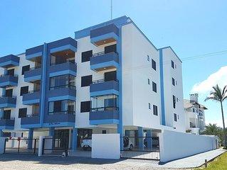Excelente Apartamento 100 mts da Praia de Mariscal