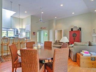 New Listing: Bright and Airy Southampton Home, 6 Mins to Beach w/ Art Studio, De