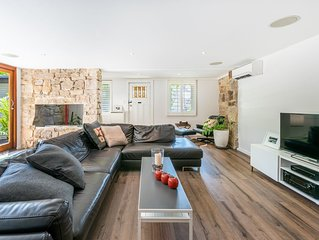 Great family house in superb Paddington location  *25% DISCOUNT APPLIED