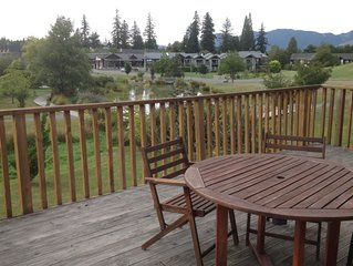 Modern, spacious Central home with awesome views over the lake in Hanmer Springs