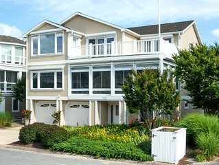 Spectacular Family/Entertaining Home in Cape Shores