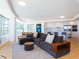 BOUTIQUE LUXE APARTMENT IN SURFERS PARADISE