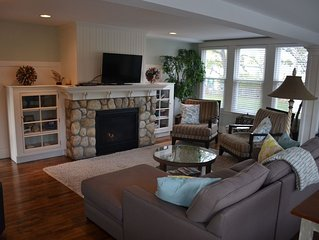 Newly renovated 4 bedrooms 4 baths, sleeps 10, Central Air