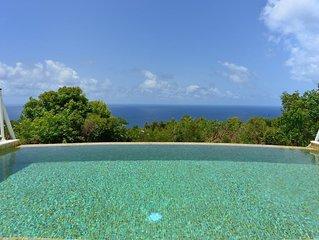 Amazing Ocean Views, Heated Swimming Pool, Modern Kitchen, Home Cinema, Free Wif