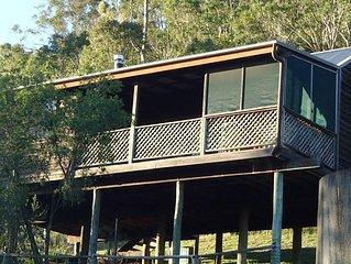 Cedar Cottage  - Amazing views, private jacuzzi